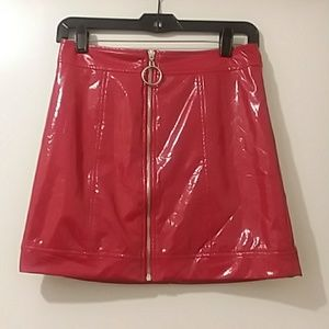 FOREVER 21 skirt red faux leather Sm.